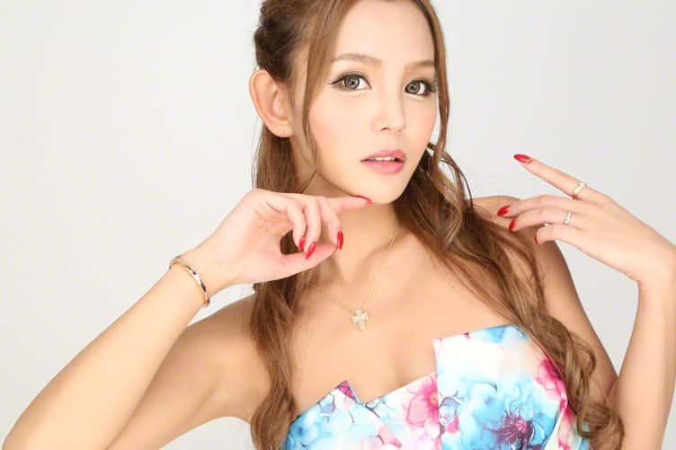 丘咲-エミリTOP